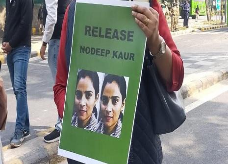 मुझे झूठा फंसाया गया, क्योंकि मैं किसानों के समर्थन में लोग इकट्ठा करने में सफल रही: नवदीप कौर
