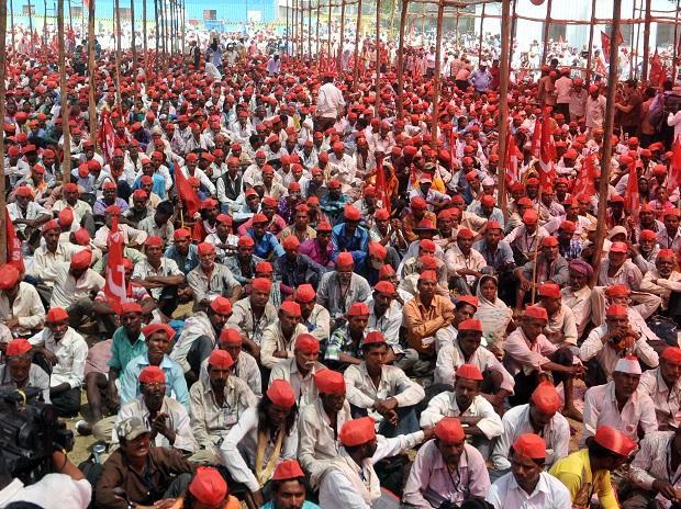 Maharashtra farmers plan large-scale protest leading upto Jan 26