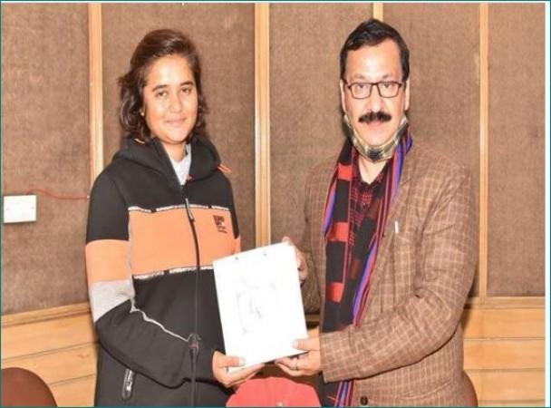 Megha Parmar preparing transgender Kittu for Mount Everest, welcomed at IIMC