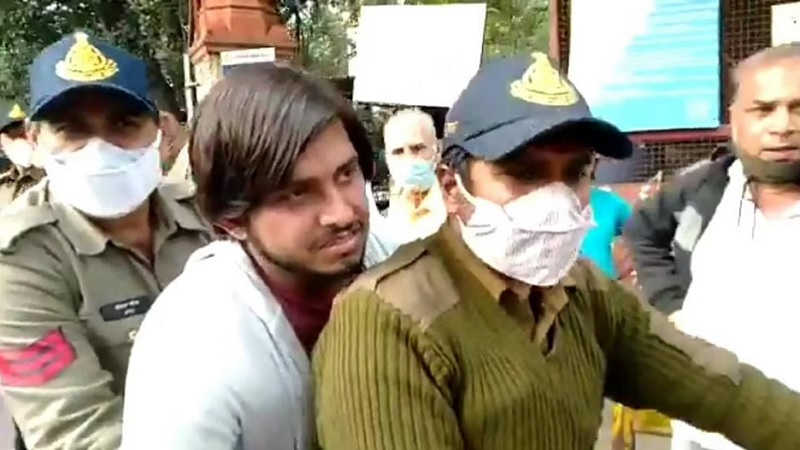 Munawar Faruqui case: Co accused Sadakat Khan and Nalin Yadav get bail