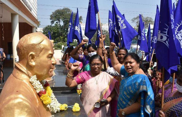 Know govt's welfare schemes, women told