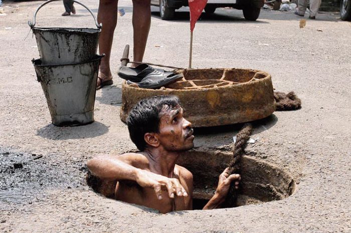 K'taka HC questions State on steps taken to use modern technology to replace manual scavenging