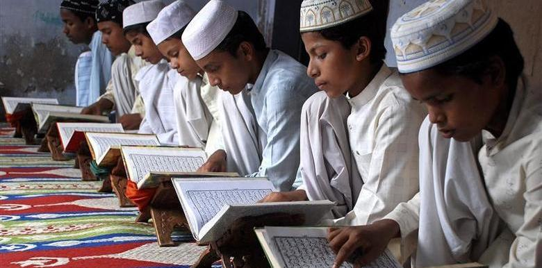 UP: Madrasas Protest Move to Make Teaching of Bhagavad Gita, Ramayana Mandatory