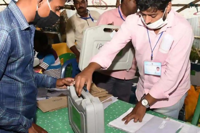 Battleground Bengal: EVMs, VVPATs recovered from TMC leader's home