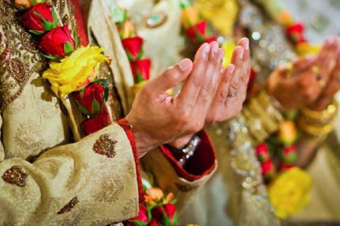Muslim Body In India Seeks End To Dowries, Lavish Weddings