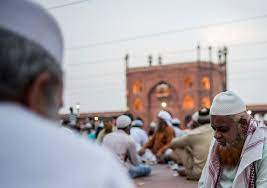 Indian Muslim clerics' call for action to overcome vaccine hesitation during Ramadan
