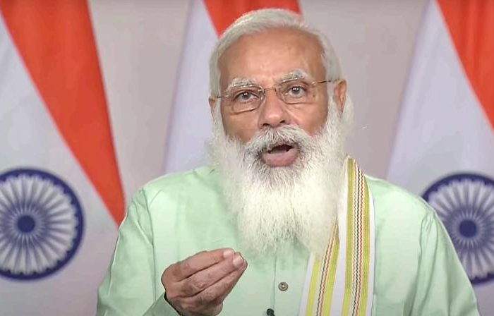 PM salutes Dalit farmer for relying on nature