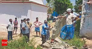 'Discriminatory wall' in Tamil Nadu's Namakkal village razed