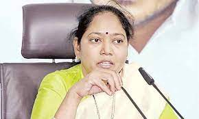 TDP leaders unable to digest Dalit woman as HM: Sucharitha
